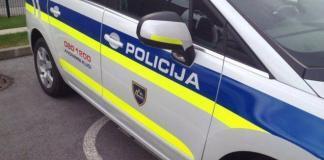 Policija - policijski avto (prometna nesreča)