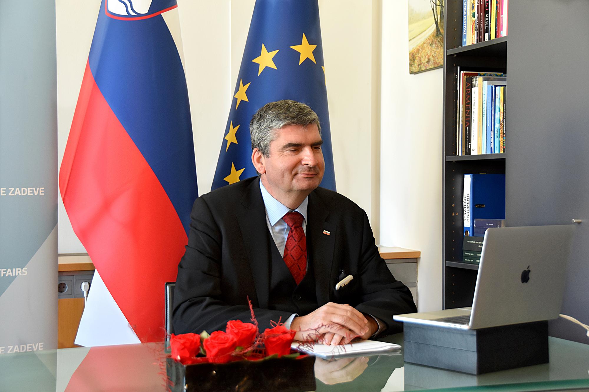 Državni sekretar dr. Raščan na virtualnem zasedanju Skupine za globalno strategijo OECD
